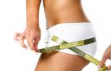 Woman-measuring-hips