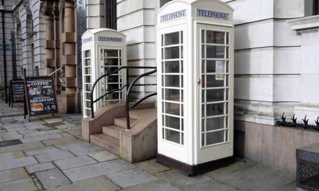 Dlaczego nie czerwone? Poznaj prawdę o sieci telekomunikacyjnej w Hull
