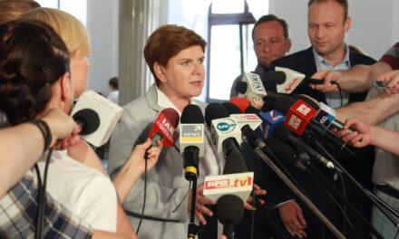 Rząd RP oferuje wsparcie dla Polaków w UK