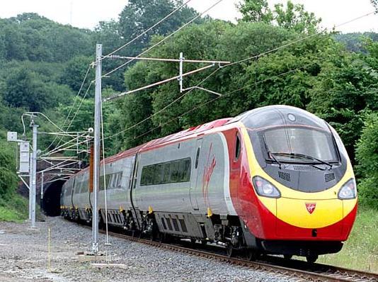 Pięć sposobów na tanie podróżowanie koleją w UK