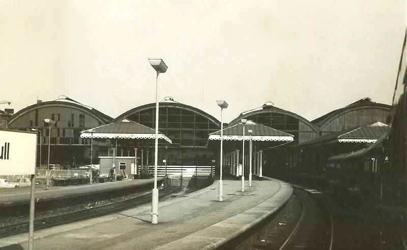 Poznaj kilka faktów na temat najstarszej czynnej stacji kolejowej w Hull